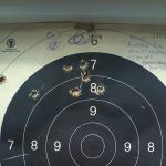 Seks skudd i en god samling, og fire slengere med Sharps-rifla på 100 meter
